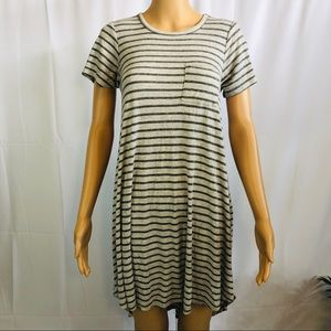 Lularoe Carley front pocket ribbed dress size xxs